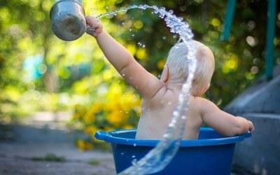 ¿Hay que hervir el agua mineral para el biberón?