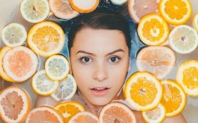 ¿Con qué frecuencia es recomendable exfoliarse la cara?