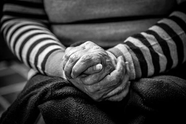 La deshidratación en los ancianos es común