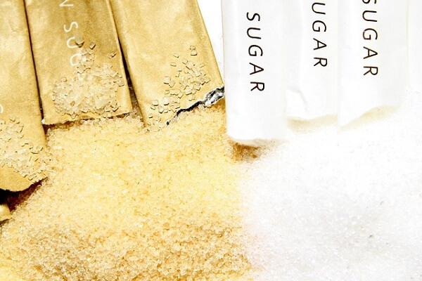 Azúcar y sacarina