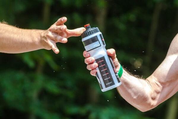 Botella de agua para el deporte