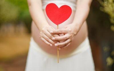 El agua más adecuada en el embarazo y la lactancia